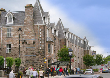 Exterior view of the Fishers hotel in Pitlochry close to all the main sights.