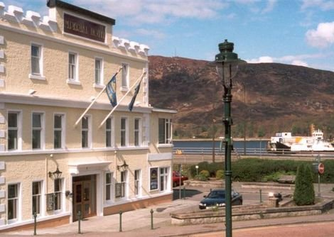 Exterior view of the Imperial Hotel in Fort William showing the lochview with central location.