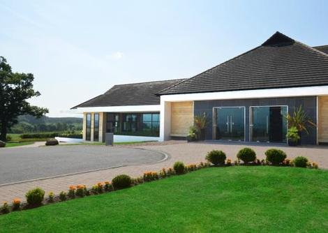 The refurbished Radstone Hotel, Shawsburn  is near Larkhall and the Clyde Valley