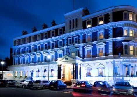 Hallmark Queen Hotel, Chester