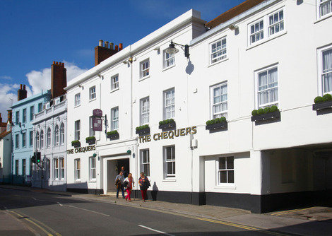 Late Offer DBB Chequers Hotel