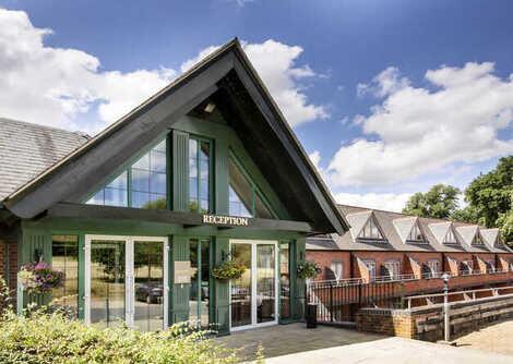 Mercure Warwickshire Walton Hall Hotel & Spa, Wellesbourne