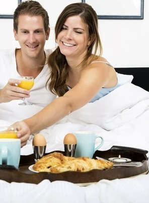 Friends enjoying special offers with myhotelbreak